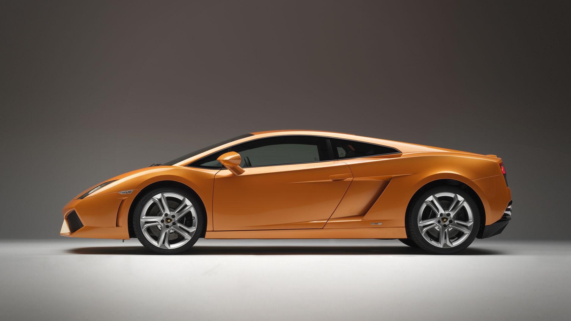 Lamborghini-Side