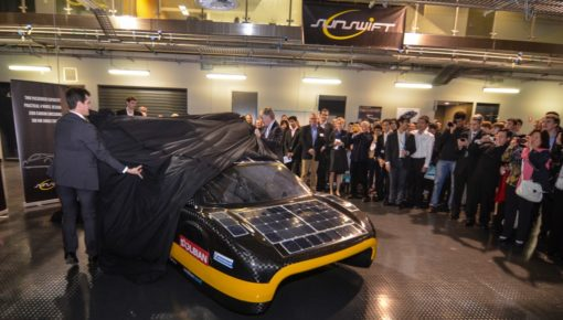 Sunswift unveils sexy new Solar Powered Race Car