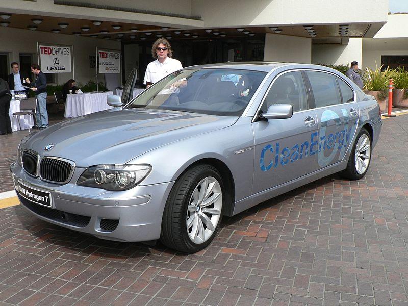 BMW Hydrogen 7  - Credit http://en.wikipedia.org/wiki/BMW_Hydrogen_7