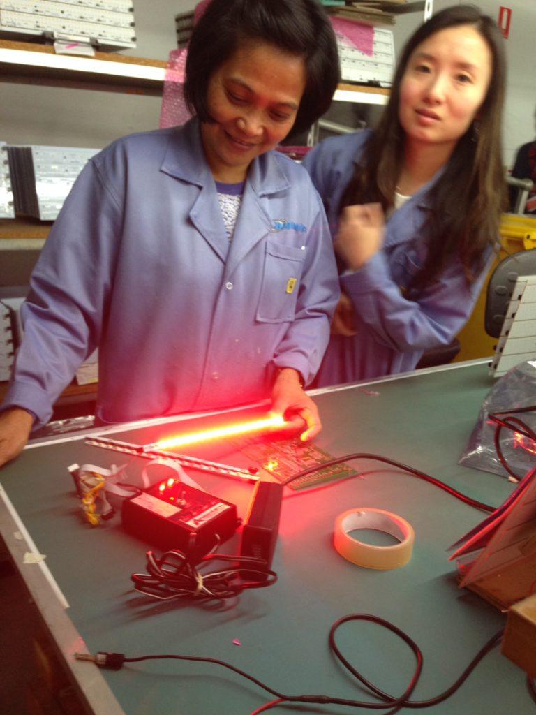 Wavetronics-LEDs-Workers